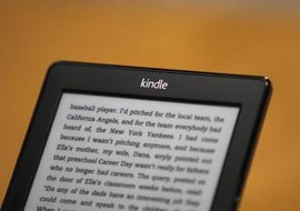 Fictionwise books have the same functionality as standard Amazon books on the Kindle.