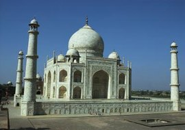 The Taj Mahal features cupolas and arabesques, two classical Islamic architectural features.