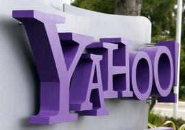 Use Yahoo Messenger to chat with your Facebook friends.