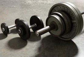 What Equipment Do Olympic Weight Lifters Use?