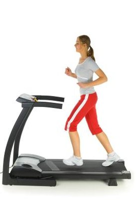 How Long Do I Need to Work Out on a Treadmill?