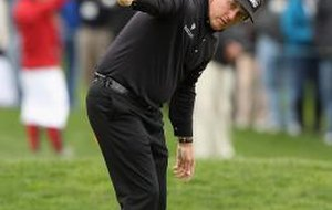 What Kind of Clubs Does Phil Mickelson Use?