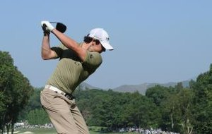 How to Fold the Knee in the Golf Swing