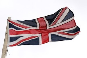 The British, Australian and Confederate flags have common elements.