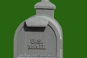 Mail for a deceased person can be forwarded to a new address.