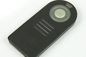 The Nikon ML-L3 is an easy to use infrared remote, similar to the one pictured here.