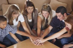 Small Teens game ideas for a small teen church group | our everyday life