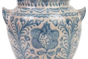 How to Identify Ming Dynasty Antiques