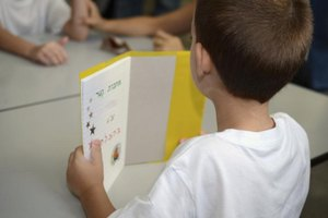 First-Grade Phonics Games to Play in the Classroom