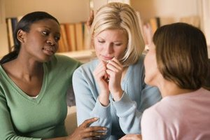 Finding the right words to say during a friend's divorce can be difficult.