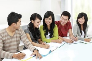 What Are College Communication Courses?