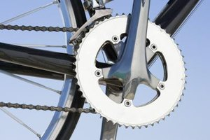 Knowing the best way to shift gears on a bicycle can make for a more enjoyable ride.