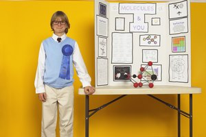 Science Fair Projects for Seventh-Graders Involving the Dissolving of Sugar Cubes & Alka-Seltzer