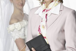 What Specific College Courses Does One Need to Become a Wedding Planner?