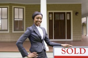 Real estate agents applying for instructional positions typically use a CV to apply.
