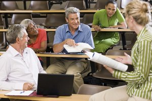 Advantages & Disadvantages of Older Adults in College