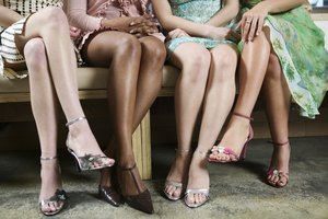How to Get Dark Ankles Lighter