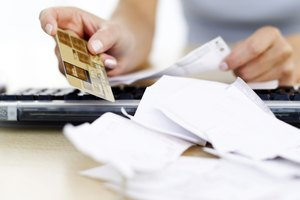 Do Overdrawn Checking Accounts Go on Your Credit Report?