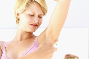 DIY Waxing Underarms
