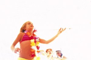 Kids' Gift Bag Ideas for a Luau Party