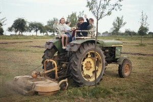 Although tractor rides on the farm are a tradition, they carry major risks.