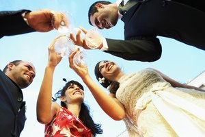 Wedding Etiquette on When to Say Congratulations or Best Wishes