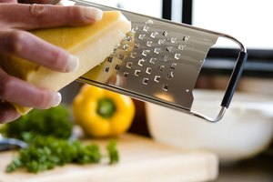 How to Keep Grated Parmesan Cheese a Long Time