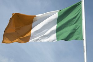 What is the Meaning of the Irish Flag Colors?