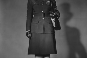 1940s Women's Uniform in the U.S. Army Corps