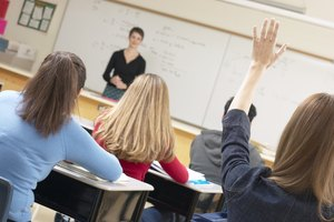 Recommended High School Courses for a Nurse Practitioner