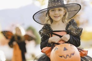 Your little one can celebrate Halloween at a Florida holiday activity.