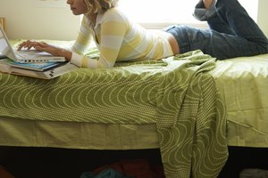 Things You Should Know About a Roommate Before Moving in Together