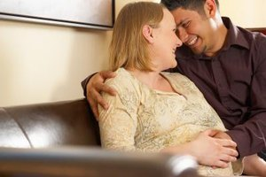 Encouraging your pregnant girlfriend to rest may help her feel happier.