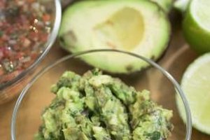Avocado In Slow Juicer : Can vinegar Stop Avocados From Turning Brown? Our Everyday Life