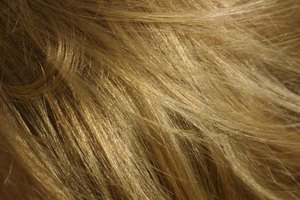 Clean your hair with dry shampoo to preserve your color.
