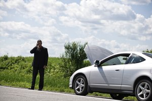 How to Compare Cell Phone Signal Boosters for a Car