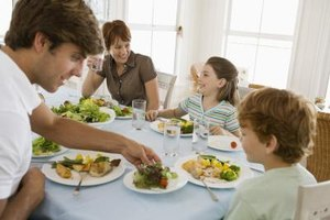 Make up tasty dinner menus to feed a hungry family.