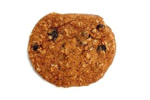 Heart-healthy oatmeal makes oatmeal cookies healthier than most.