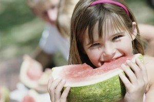 Nutritious foods help your child grow.