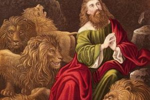 By praying to God and not men, Daniel was kept safe in the lions' den.
