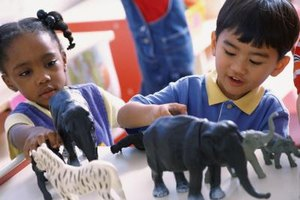 Preschoolers can organize animals according to size.