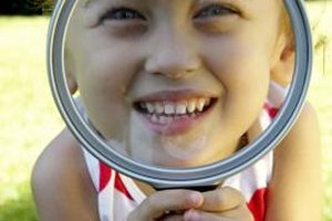 Help your child explore the magnification process.