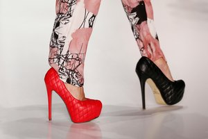 How to Walk in High Heels Without Discomfort