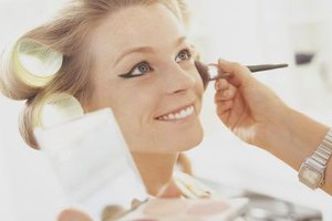 Makeup artist salaries vary greatly by the industry.