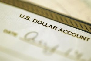 Americans can have foreign bank accounts, but they need to be careful to file appropriate IRS paperwork.
