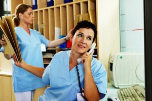 Nurses often have to multitask in a typical medical setting.