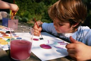 Take watercolor painting outdoors for no-sweat messes.