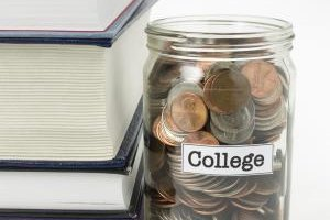 Just because you're in college doesn't mean you can't start saving for retirement.