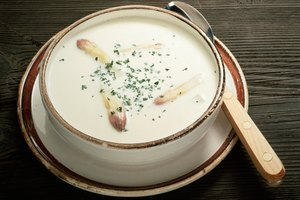 How to Make Cream Soup With Potato Flakes