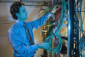 Interview skills for network technicians highlight technical knowledge and professionalism.